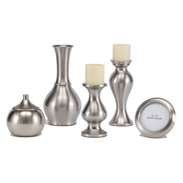 Picture of Rishona 5 Piece Brushed Silver Accessory Set
