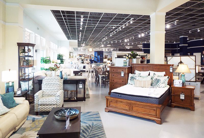 Babette's Furniture The Village of Brownwood Lexington Tommy Bahama Collection