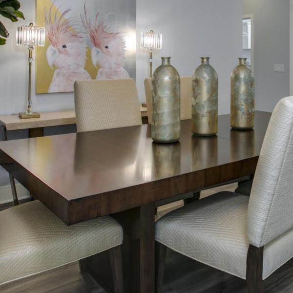 Picture of SAN LORENZO DINING TABLE