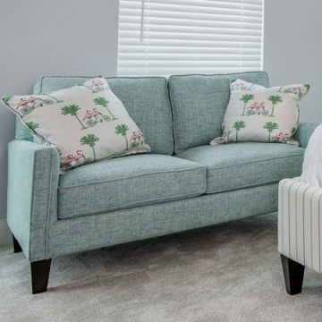 Picture of URBAN OPTIONS LOVESEAT - custom fabric