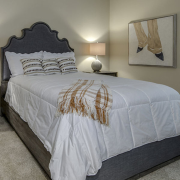 Picture of BEAUMONT UPHOLSTERED QUEEN BED