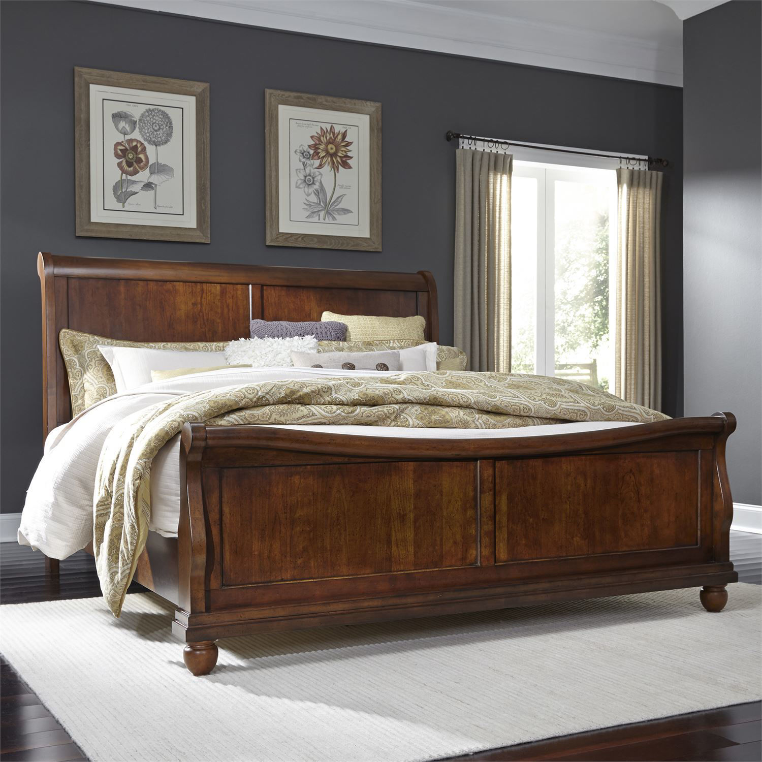 Picture of TUDOR KING SLEIGH BED