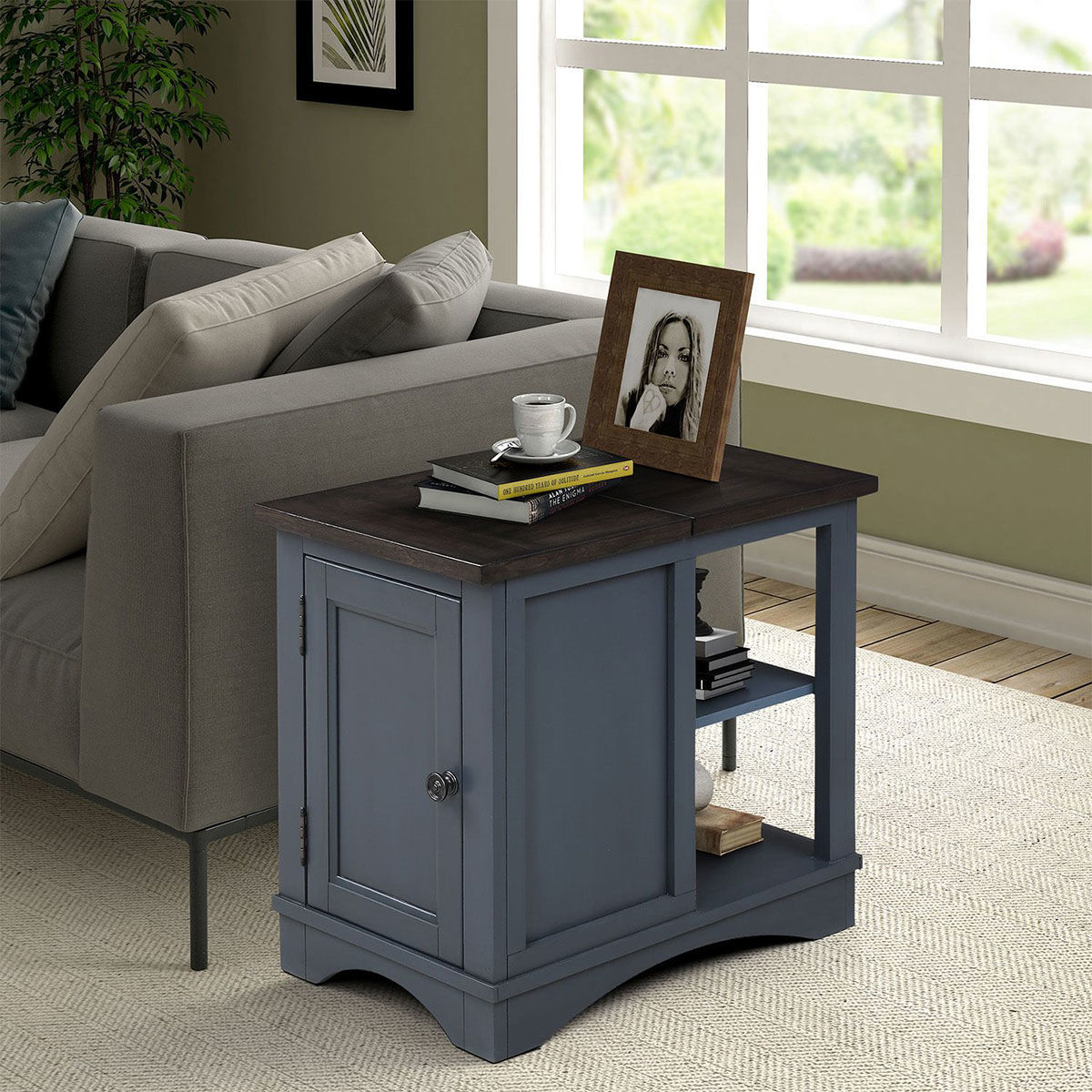 Picture of AMERICANA CHAIRSIDE TABLE