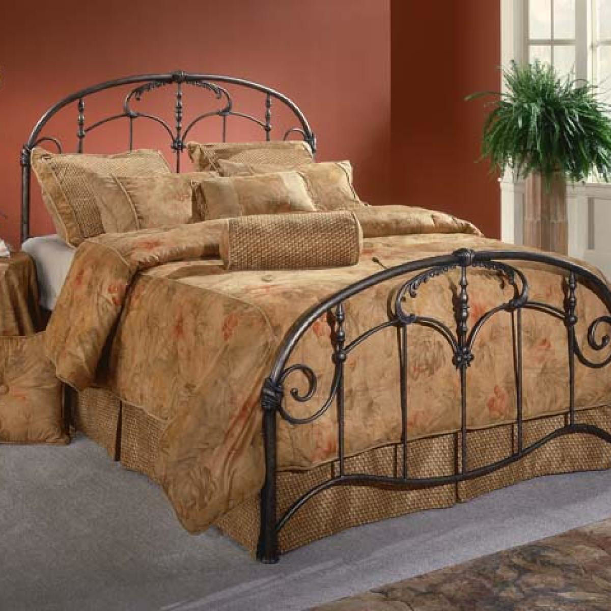 Picture of JACQUELINE KING METAL BED