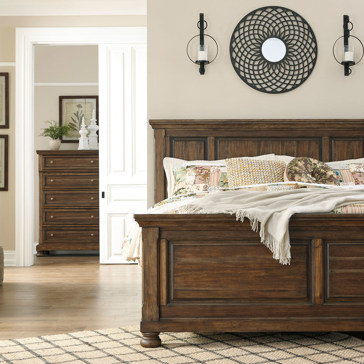 Picture of KENLEY KING PANEL BED