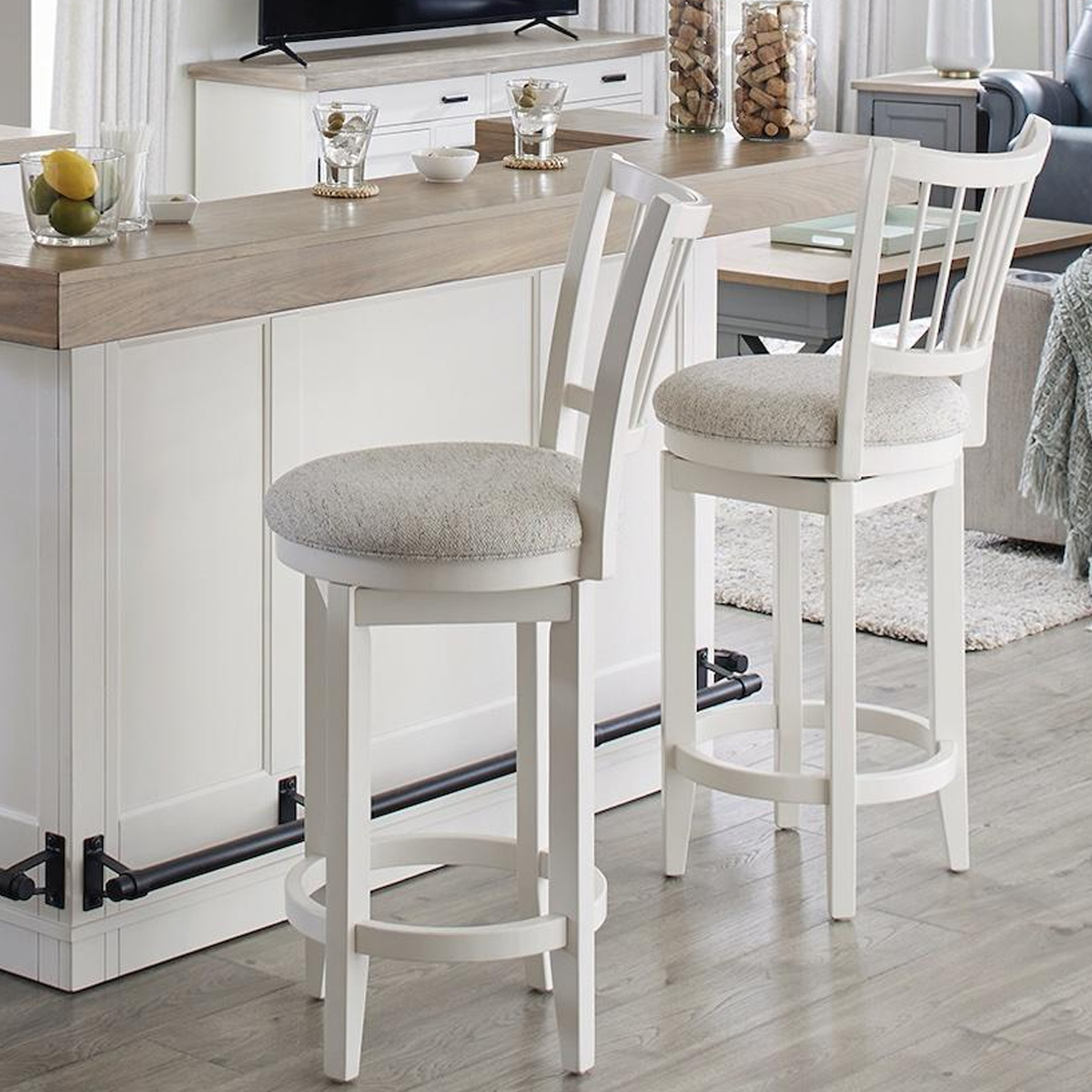 Picture of AMERICANA SWIVEL SPINDLE BACK BARSTOOL