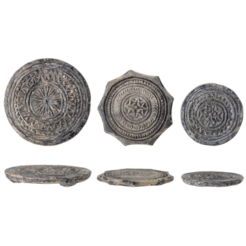 Picture of CARVED STONE BISCUIT MOULD IN BLACK